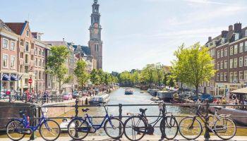 Citește mai mult:Noi zboruri directe spre Amsterdam din Bucuresti